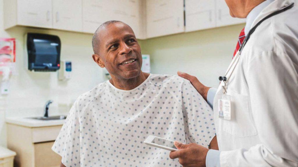 Medico de prostata entenda qual o papel do urologista